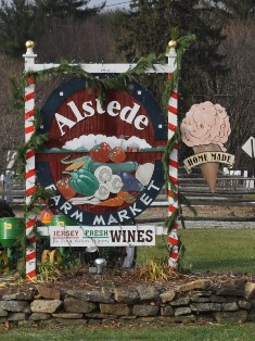 Alstede Farm Market Sign