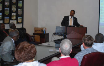 Dr. Veal speaks to Alabama NRCS State Office employees.