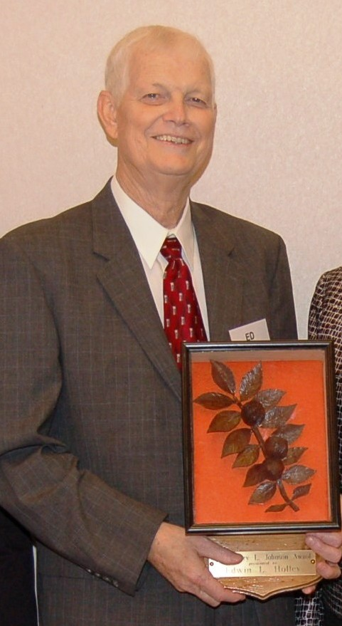 Ed Holley received the Jerry L. Johnson Award for 2007