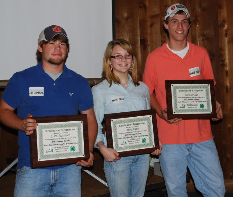 Tuscaloosa County's state 4-H forestry and wildlife judging team