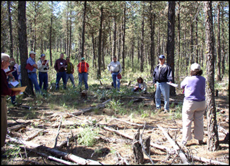 Gary Kuhn, WA NRCS staff Forester, discusses management practices in a Ponderosa pine/Idaho fescue Ecological site on WA DNR land near Spokane.