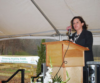 Livia Marqu�s, director of the USDA People�s Garden Initiative, traveled from Washington, D.C., to speak at the recent groundbreaking ceremony of the People�s Garden in Carthage, Texas.