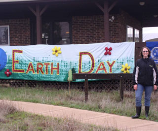 Rhoda Breeden, supervisor at the Wildcat Bluff Nature Center, organized the Earth Fest event to bring people together from the community to learn about environmental issues and the actions they can take to become better stewards of the environment.