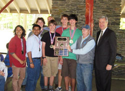 U.S. Senator Whitehouse poses with first place team from The Wheeler School