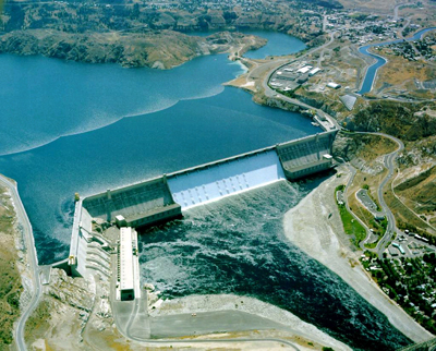 This is a photo of Grand Coulee Dam from an airplane view