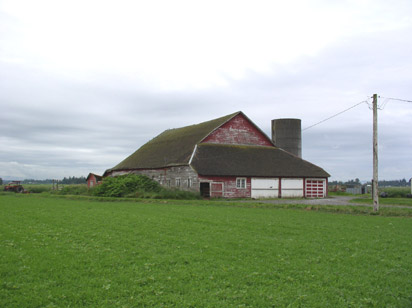 This barn is an example of a Shed Barn style.