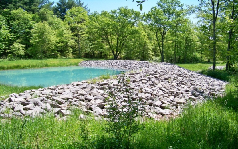 Deckers creek water quality project shows results nrcs for Design of pond embankment