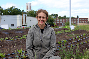 Helping an urban farmer connect people with food