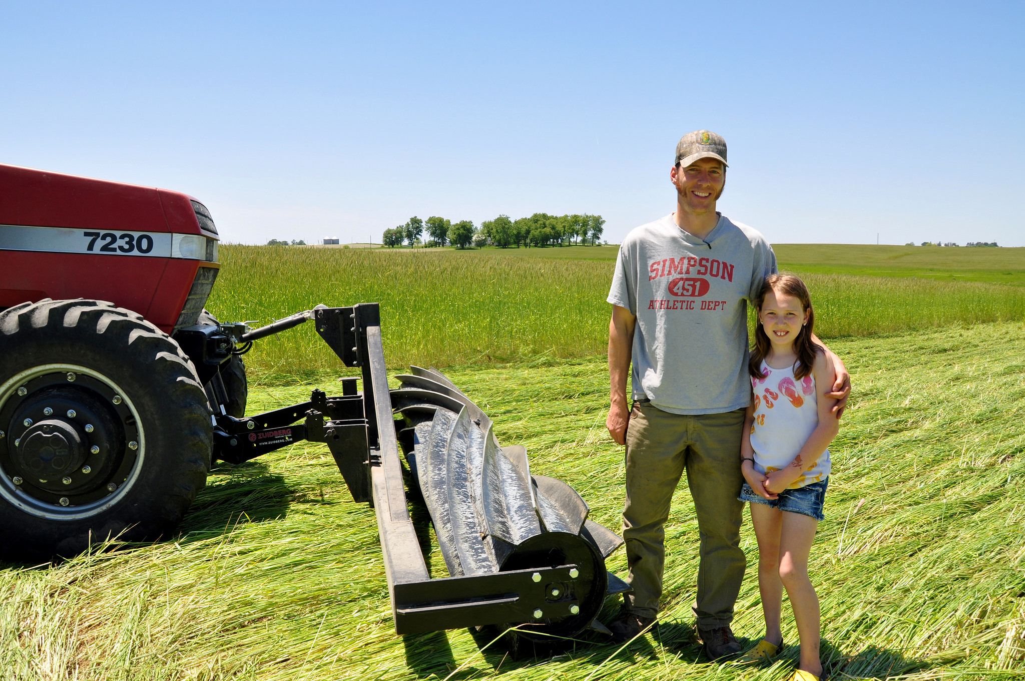 #Fridaysonthefarm: Iowa Farmer Uses Roller Crimper in Organic No-Till Photo 2