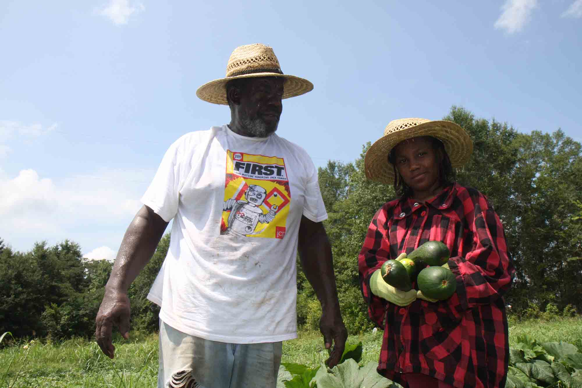 NRCS Helping Flowers, Miss. Farmer Grow Organic