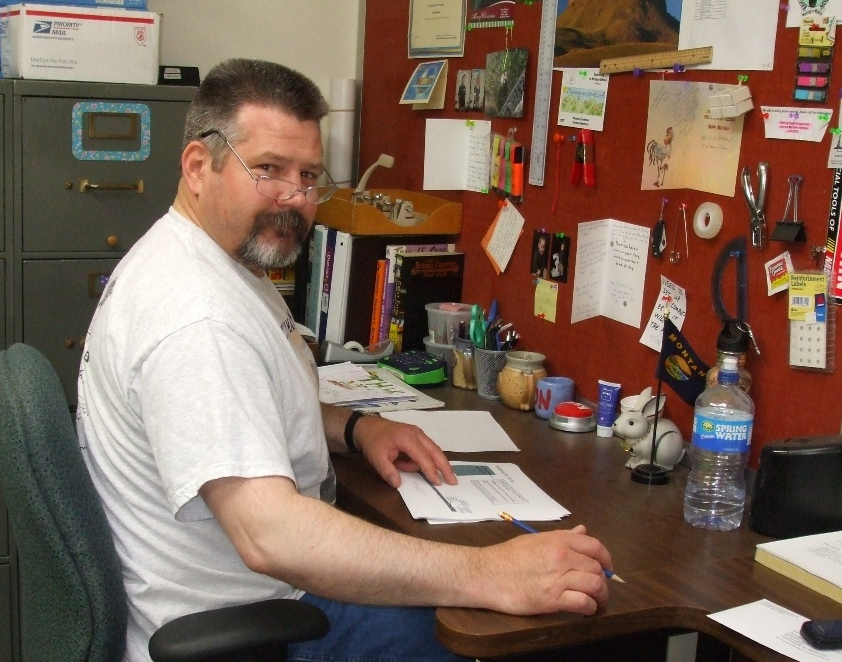Montana volunteer at desk