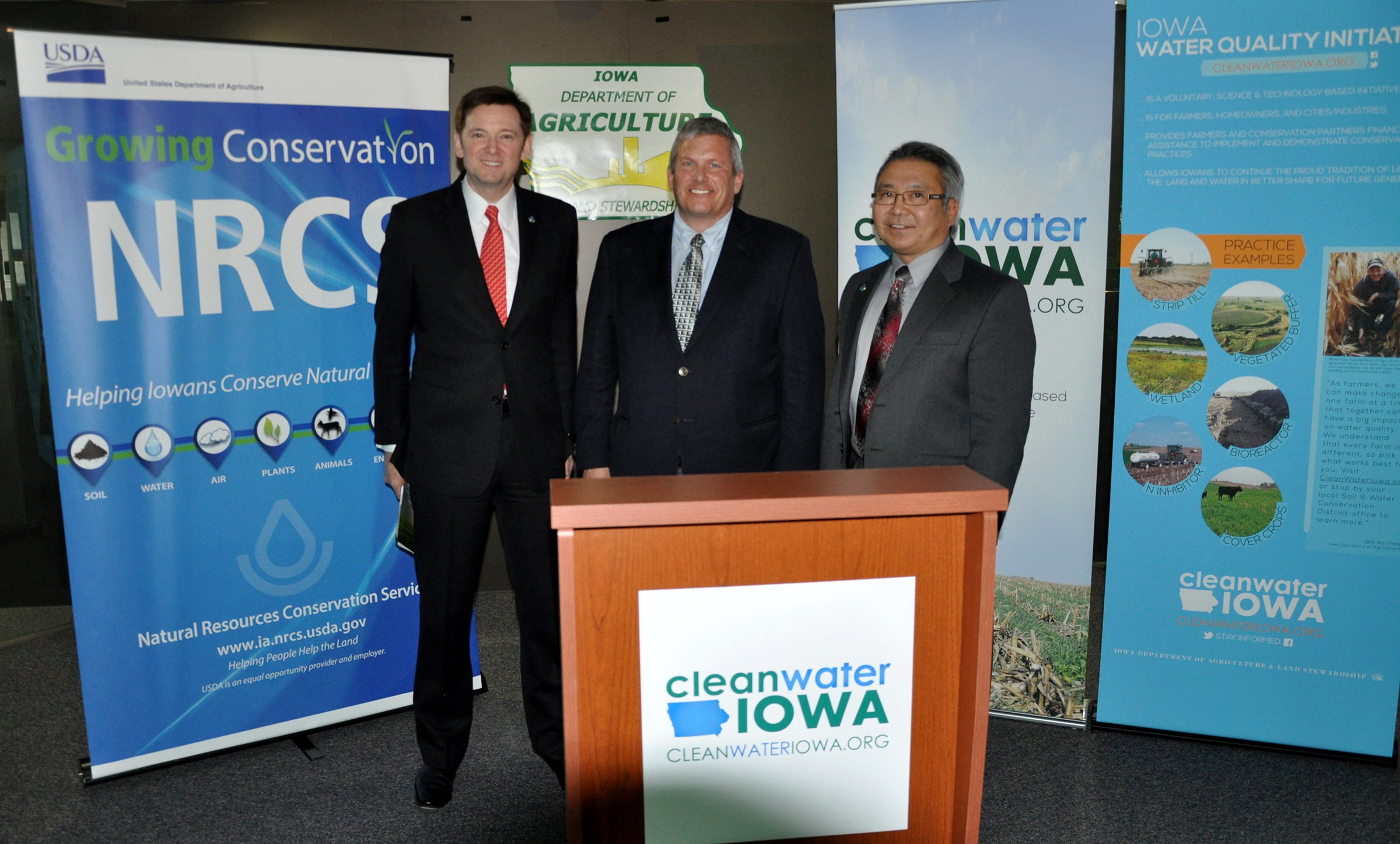 NRCS' Kirk Hanlin, Iowa Ag Sec. Bill Northey, and Iowa NRCS State Conservationist Jay Mar in DSM.